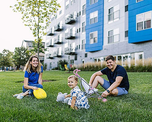 Living Here: Living Blue at Bakery Square is Easy
